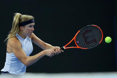 Світоліна поступилася Возняцкі у своєму першому матчі на Підсумковому турніріWTA