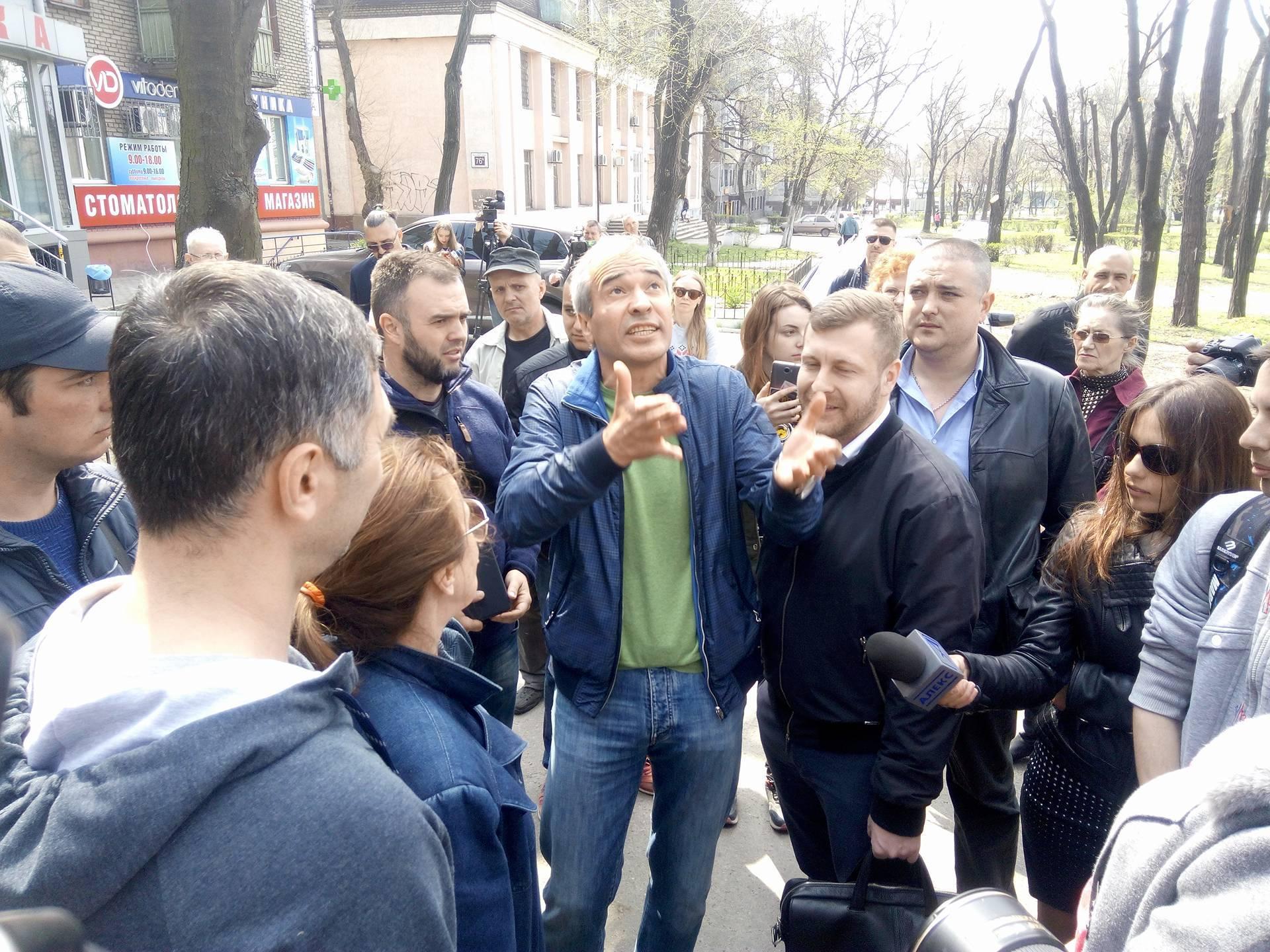 Після сутичок у парку Яланського у активіста підозрюють струс мозку