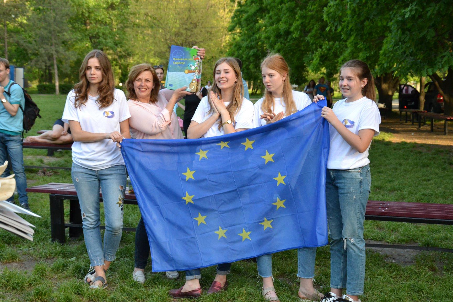 Представники ЄС привезли до Запоріжжя трошки Європи та цінної інформації