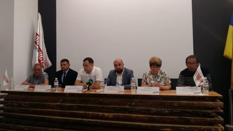 На Запоріжжі пройшли вибори до громад, явка виборців демонструє довіру до реформи децентралізації
