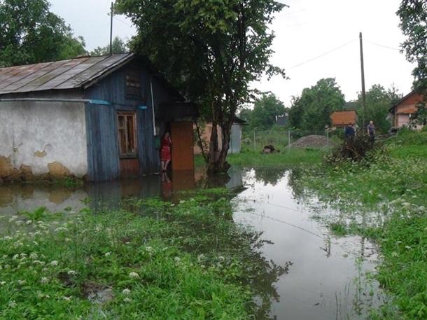На Прикарпатті підтопило понад 200 будинків – ФОТО