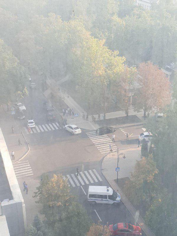 ЗМІ повідомляють про вбивство ватажка бойовиків Захарченка