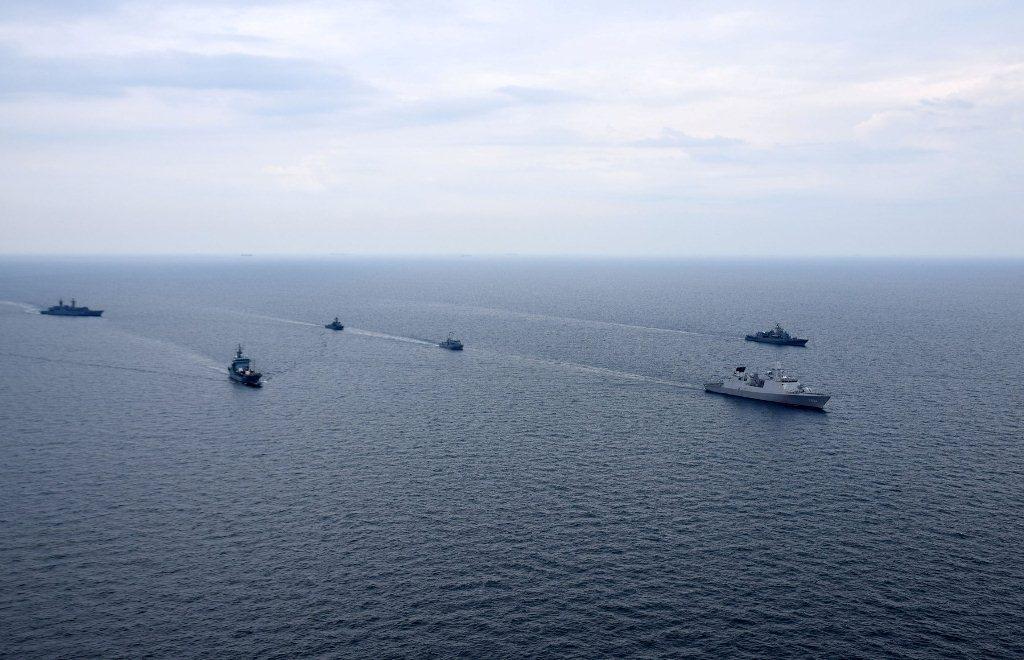 Одеських моряків підняли по тривозі, усі кораблі вийшли у відкрите море