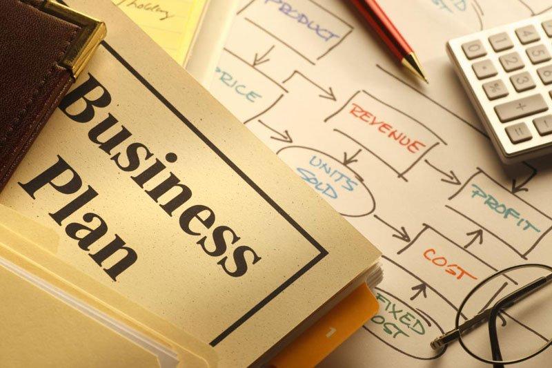 Просто зараз у прямому ефірі проходить безкоштовна консультація по веденню бізнесу