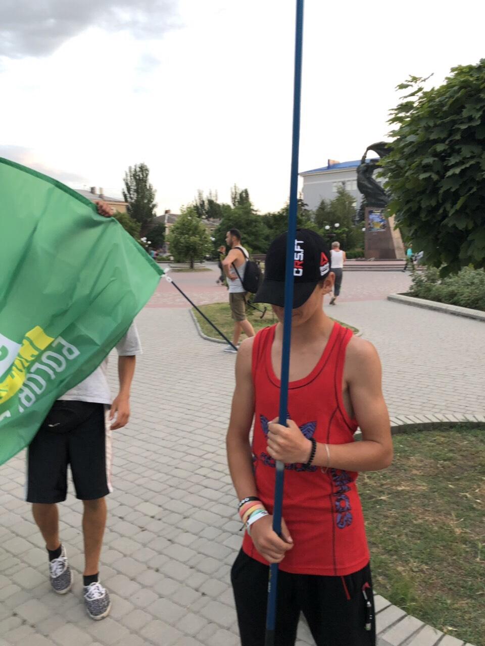 Недетская политика: в Бердянске «новые лица» пытаются бесплатно пропиариться