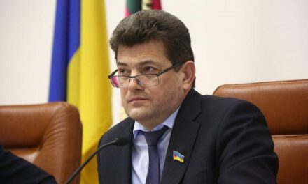 Міський голова Запоріжжя заявив про тиск, спекуляції на темі мостів та втрату коштів