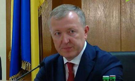 В одному регіоні України запроваджують особливий режим, закривають навіть продуктові магазини