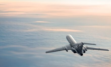 Літати будемо не скоро: міністр закордонних справ зробив невтішний прогноз