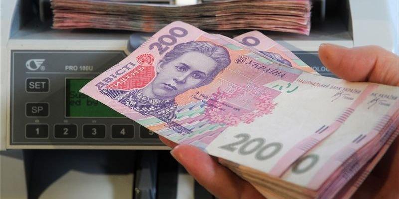 Шмигаль написав про плани підвищення мінімальної зарплати