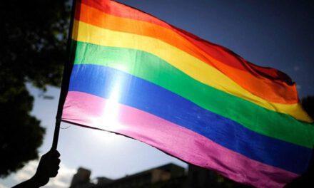 На Запоріжжі збирають підписи, щоб відкликати законопроєкт, що стосується ЛГБТ