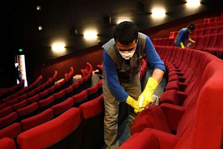 Відсьогодні в країні дозволено роботу кінотеатрам – умови відвідування