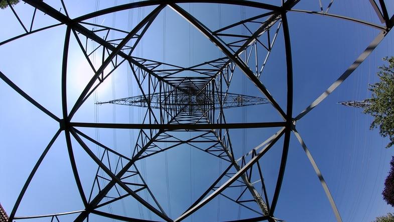 Протягом 8 годин майже сотня будинків у Запоріжжі буде без електроенергії