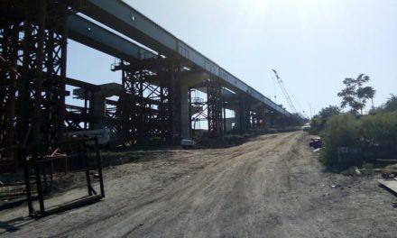 На запорізьких мостах вже з'явилися заїзди – фото