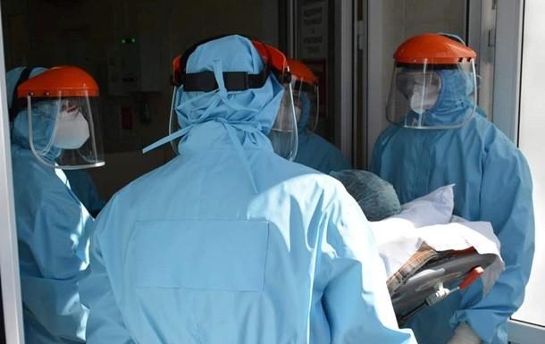 Від ускладнень коронавірусу в Україні померла рекордна кількість хворих