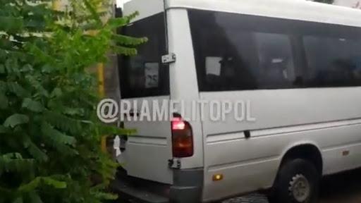 На Запоріжжі маршрутка потрапила в ДТП, постраждали діти