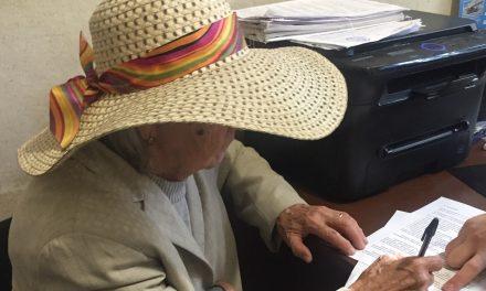 У центрі Запоріжжя обікрали стареньку маму запорізького журналіста