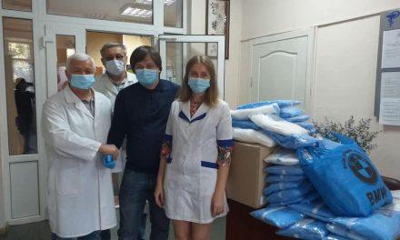 Інфекційна лікарня у Запоріжжі переповнена хворими, медики від втоми падають