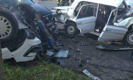 У Запоріжжі трапилася серйозна ДТП, поліція повідомляє про 2 постраждалих