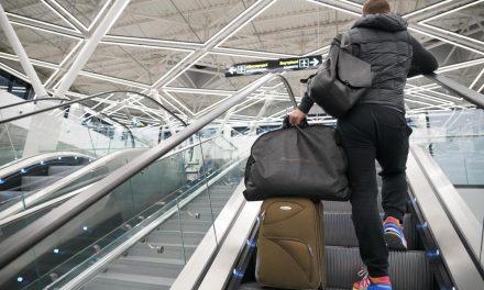 """У новому терміналі аеропорту """"Запоріжжя"""" нашкодили вандали"""