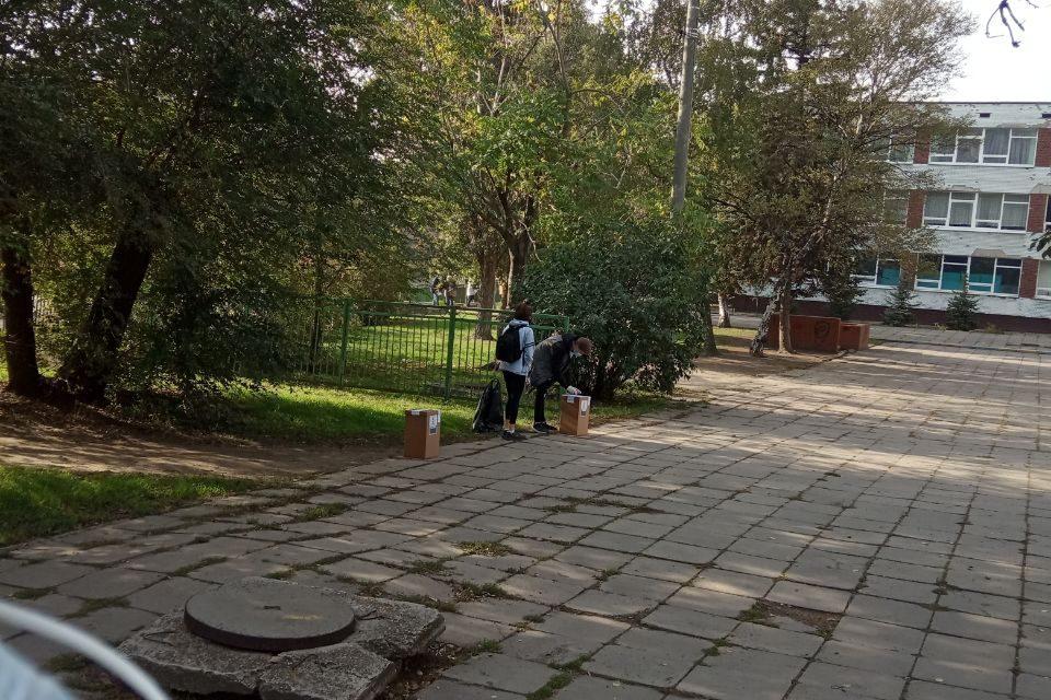 З усіх куточків Запорізької області повідомляють про порушення закону біля дільниць