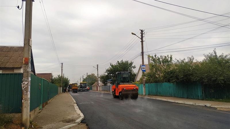 У Запоріжжі розпочали ремонт дороги з дуже інтенсивним рухом автомобілів
