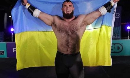 Чоловік, що втратив титут найшильнішої людини України став першим силачем на планеті