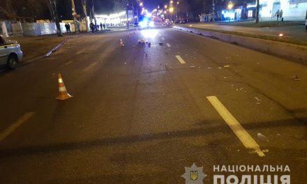 У Запоріжжі розшукують водія, який скоїв наїзд на чоловіка. Постраждалий помер – фото