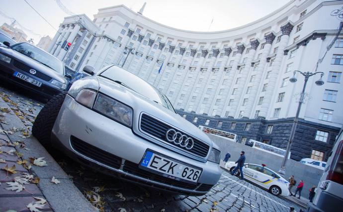Для авто з європейською реєстрацією готують новий законопроєкт