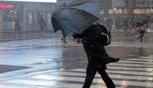 Мешканців Запоріжжя та області попереджають про несприятливі погодні умови