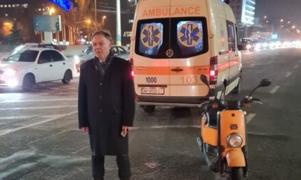 Медики розказали про травми мотоцикліста, якого вчора збили в центрі Запоріжжя