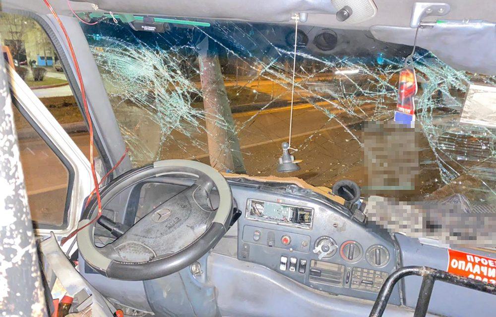 Поліція прокоментувала ДТП з маршруткою в Запоріжжі – фото