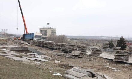 Міський голова Запоріжжя розказав, що буде на місці, де колись стояв Ленін