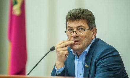 На сесії міськради голова Запоріжжя висловив давню образу журналістам – ЗМІ