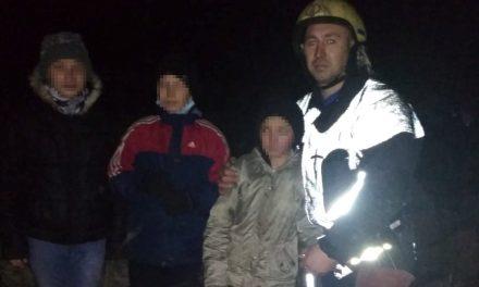 У Запоріжжі дівчинка застрягла на глибині 50 метрів, її друзі покликали на допомогу – фото