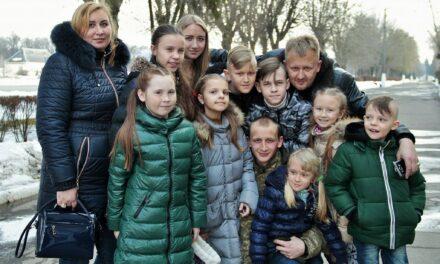 """Президент фонду """"Щаслива дитина"""" дорікнув суспільству та владі за трагедію в багатодітній родині на Київщині"""