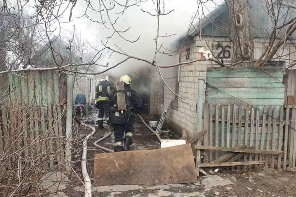 Один чоловік загинув, ще одного госпіталізували – наслідки пожежі у Запоріжжі (фото)