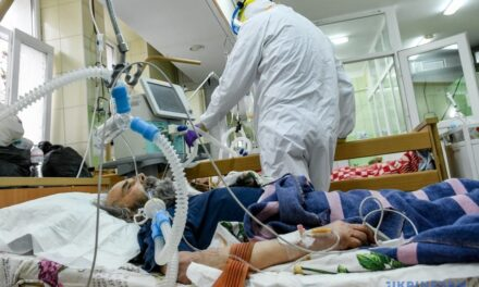 У деяких лікарнях Запоріжжя вже немає куди класти хворих з Covid-19