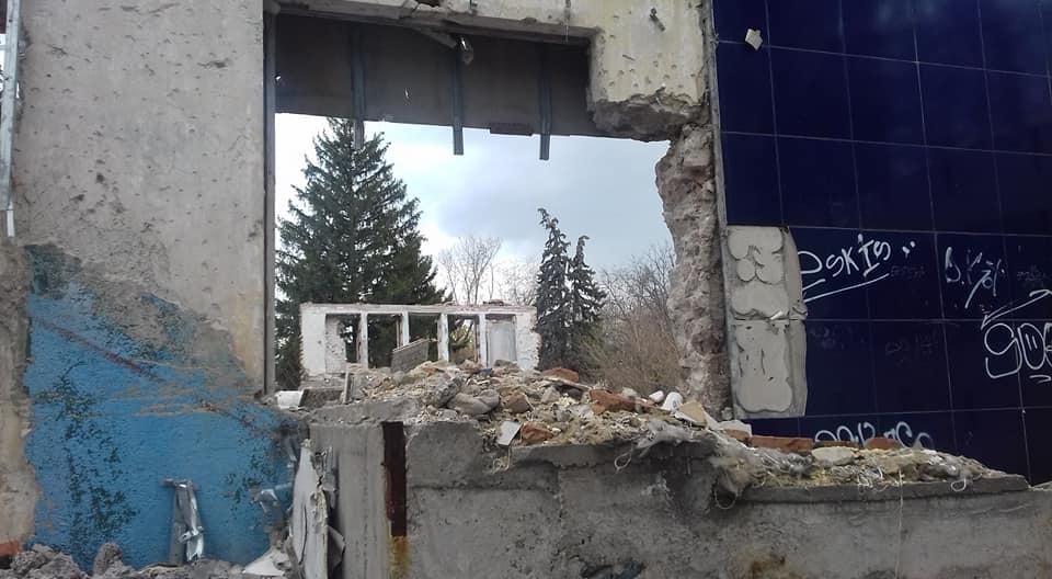 Мертве місце серед живих людей у Запоріжжі: сюди страшно навіть дивитися – фото