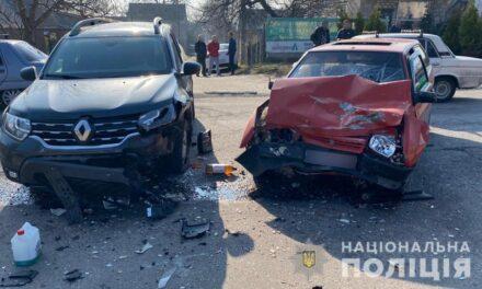 У Запоріжжі внаслідок аварії постраждала дитина і жінка, а чоловік загинув на місці – фото