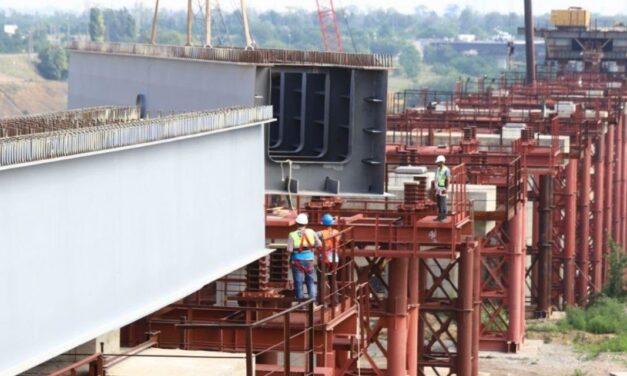 Зеленський сподівається долучити катарські компанії до будівництва мостів у Запоріжжі