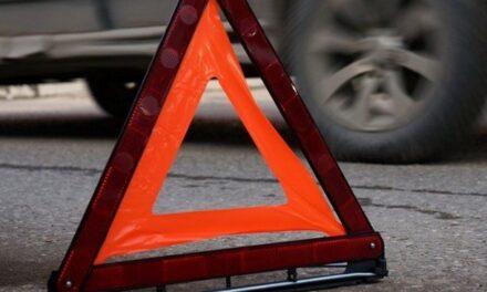 У спальному районі Запоріжжя зіткнулися 3 автомобілі, постраждало 3 осіб