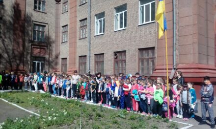 Поліція в Запоріжжі прокоментувала самогубство школярки через булінг