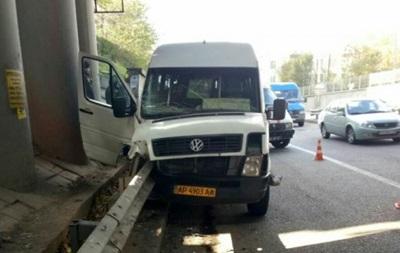 У Запоріжжі судитимуть водія маршрутки, який втік з місця ДТП, коли постраждали 16 осіб