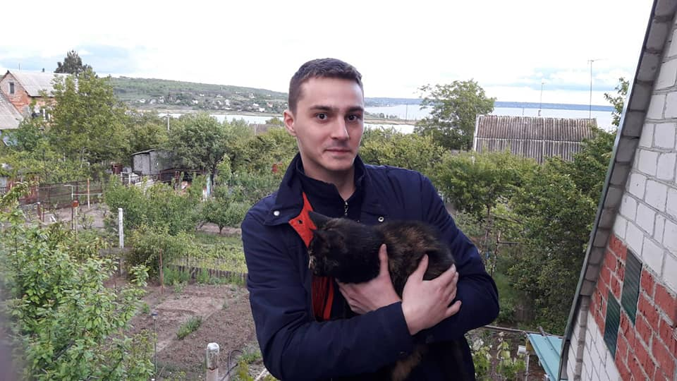 П'ять днів не виходить на зв'язок: у Запоріжжі зник хлопець