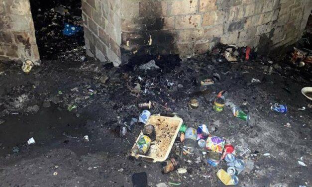 У Києві чоловіки спалили людину, яка образила сина одного з них