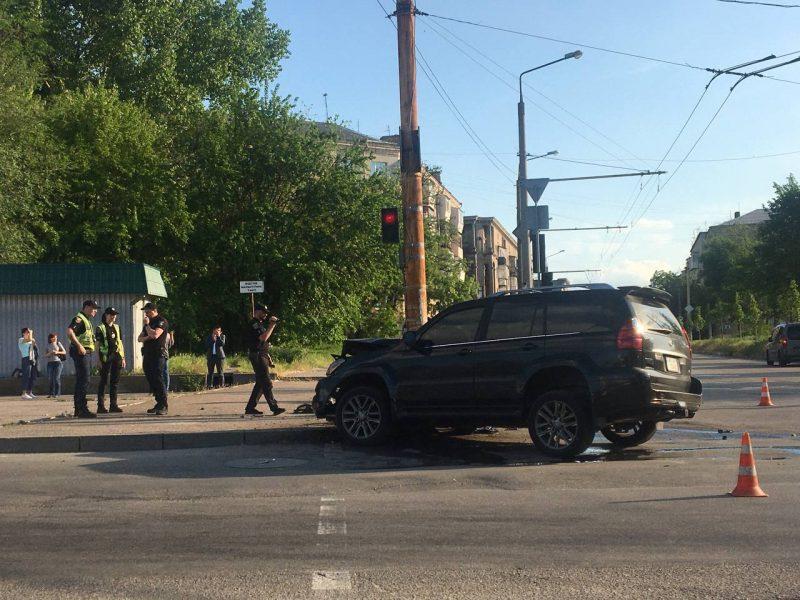 Поліція прокоментувала велику аварію на вулиці Портовій у Запоріжжі