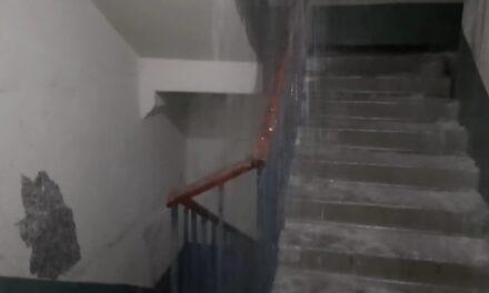 В житлових будинках у Запоріжжі течуть струмки та водоспади