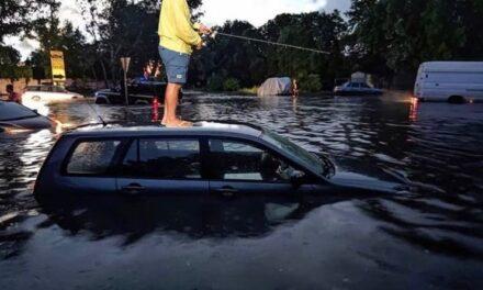Запоріжжя залило дощем й побило градом, такого не бачили давно – фото, відео
