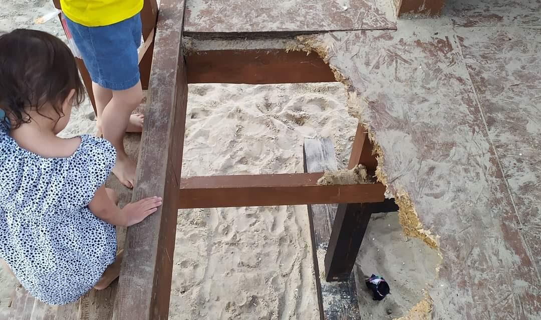 Мешканці Запоріжжя публікують фото небезпек на пляжі після реконструкції – фото