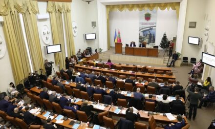 Частина депутатів у Запоріжжі скликають позачергову сесію